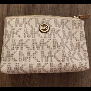 White Michael Kors Makeup Bag BRAND NEW MK